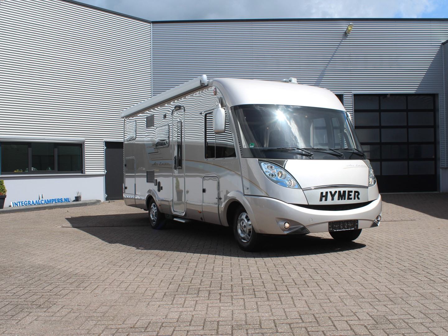 Hymer B 674 SL Star Edition